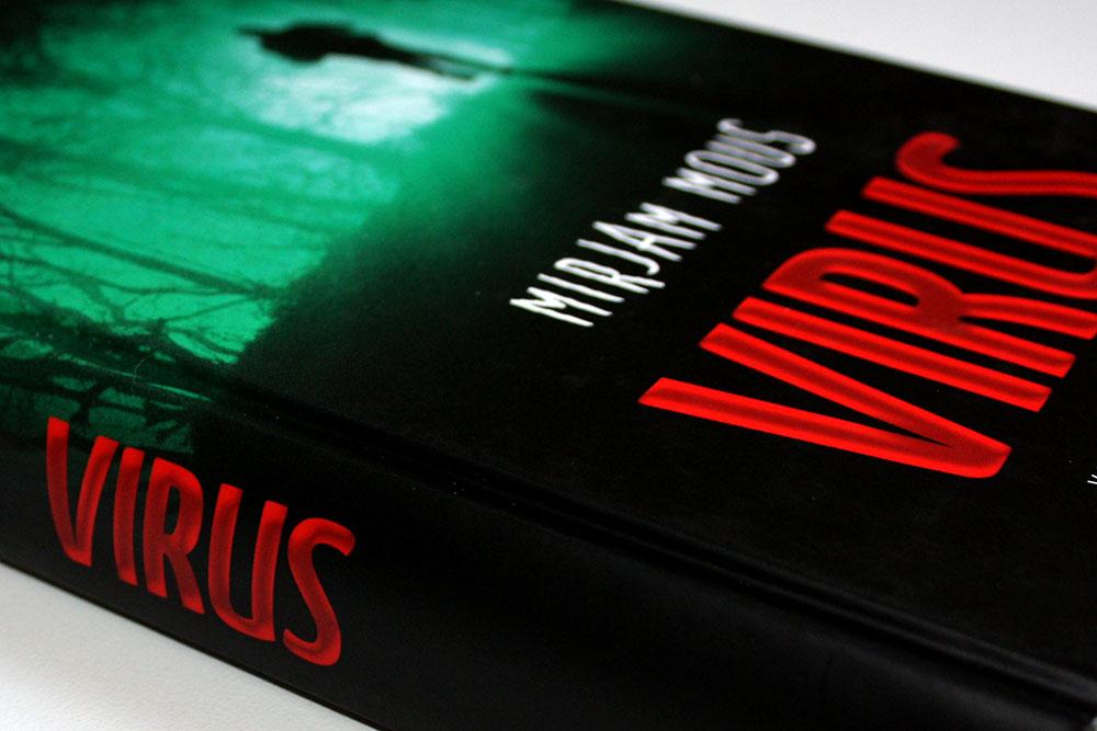 Virus - Mirjam Mous