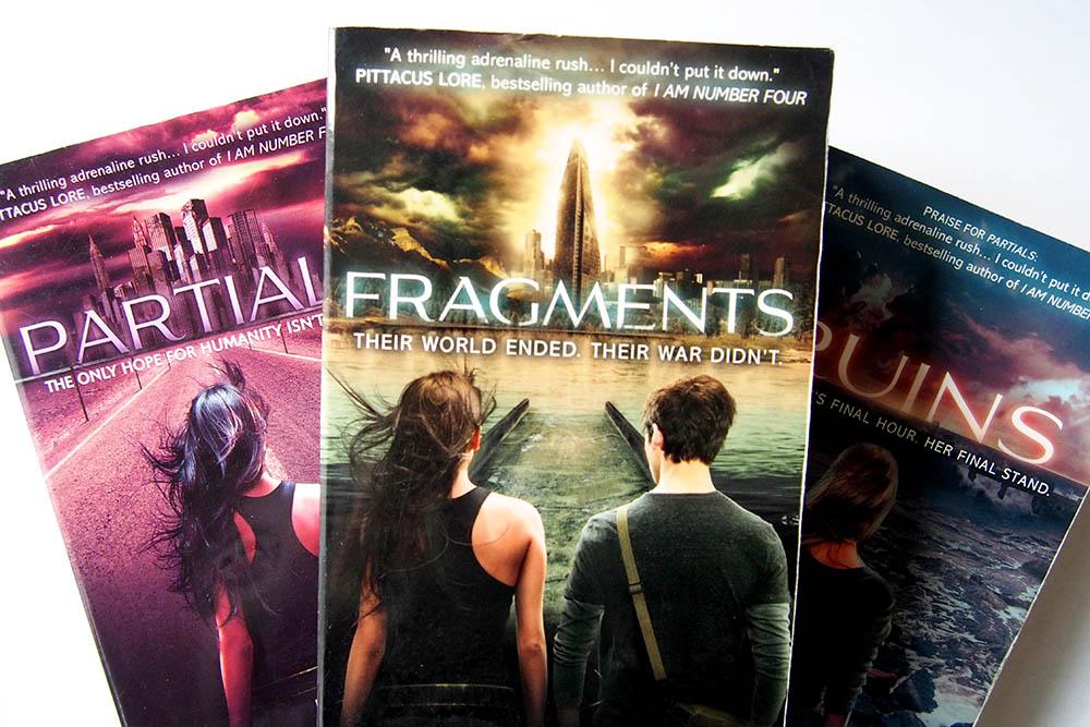 Fragments: strijd om het voortbestaan van de mensheid