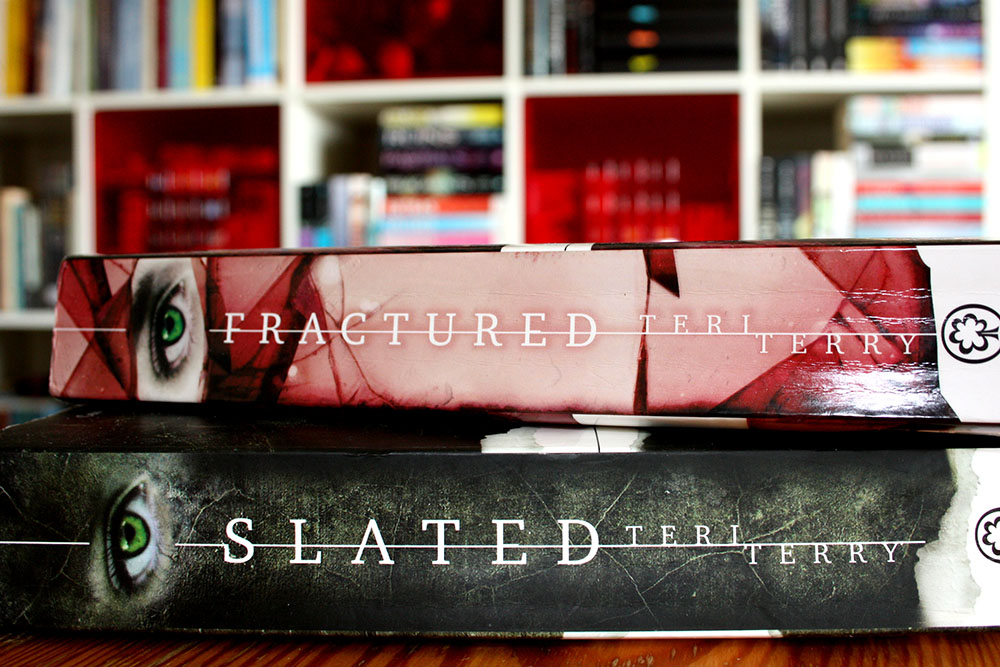 Slated - Fractured - Teri Terry